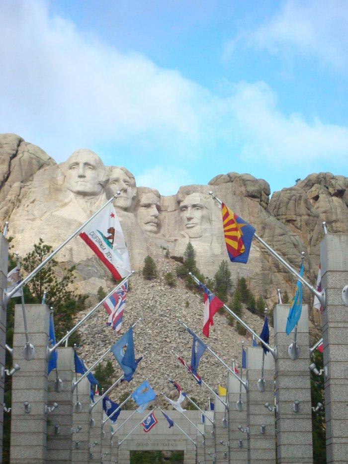 visit Mt Rushmore